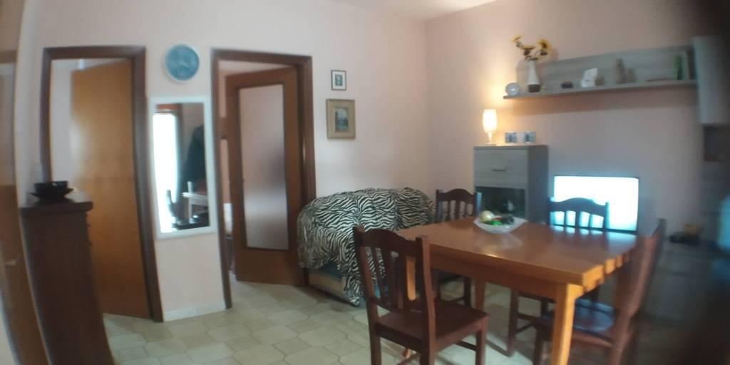 Appartamento in Vendita a Ginosa Semicentro: 3 locali, 53 mq