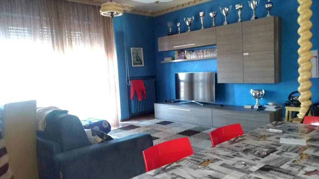 Foto 1 di Appartamento via Virginia di Castiglione 24, Asti