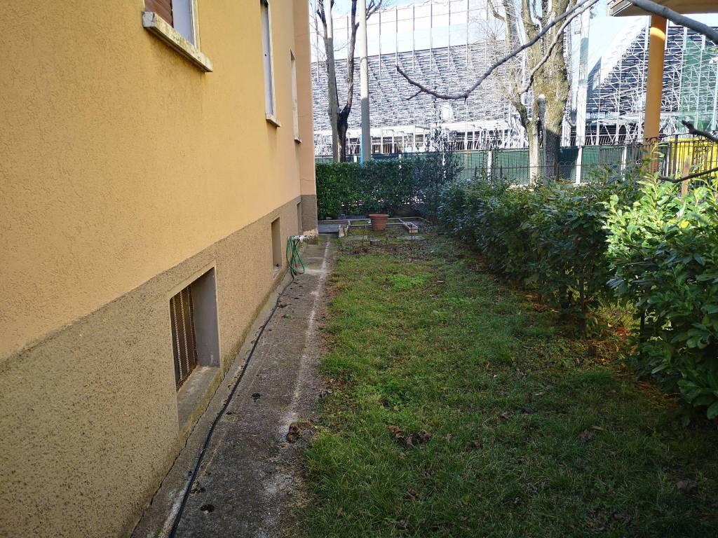 Appartamento Con Giardino A Brescia Cambiocasait