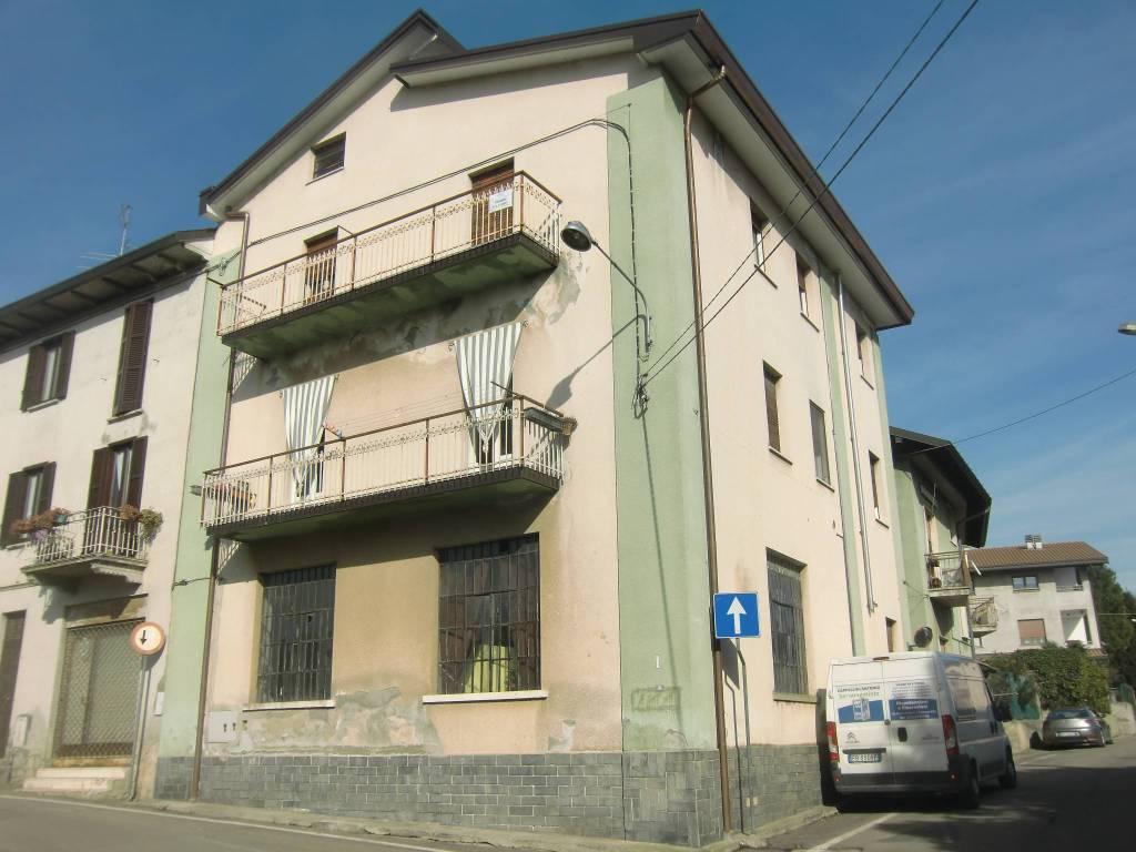 Appartamento da ristrutturare in vendita Rif. 8885291