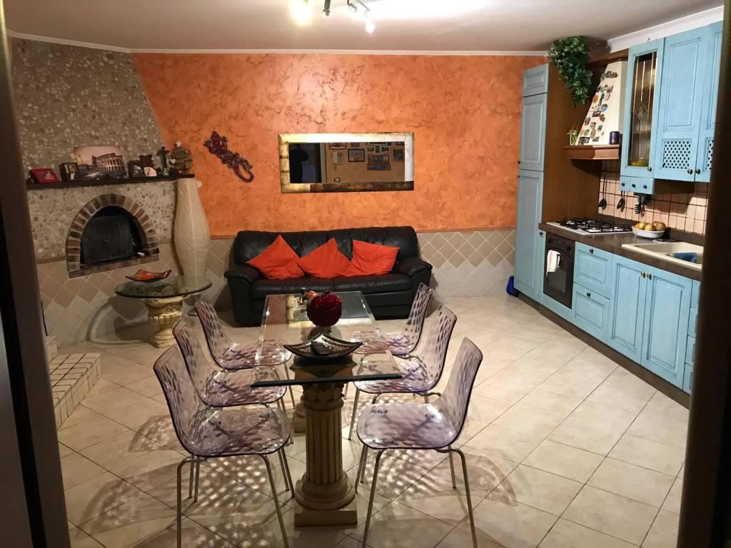Villa in vendita a Roma, 3 locali, prezzo € 115.000 | CambioCasa.it
