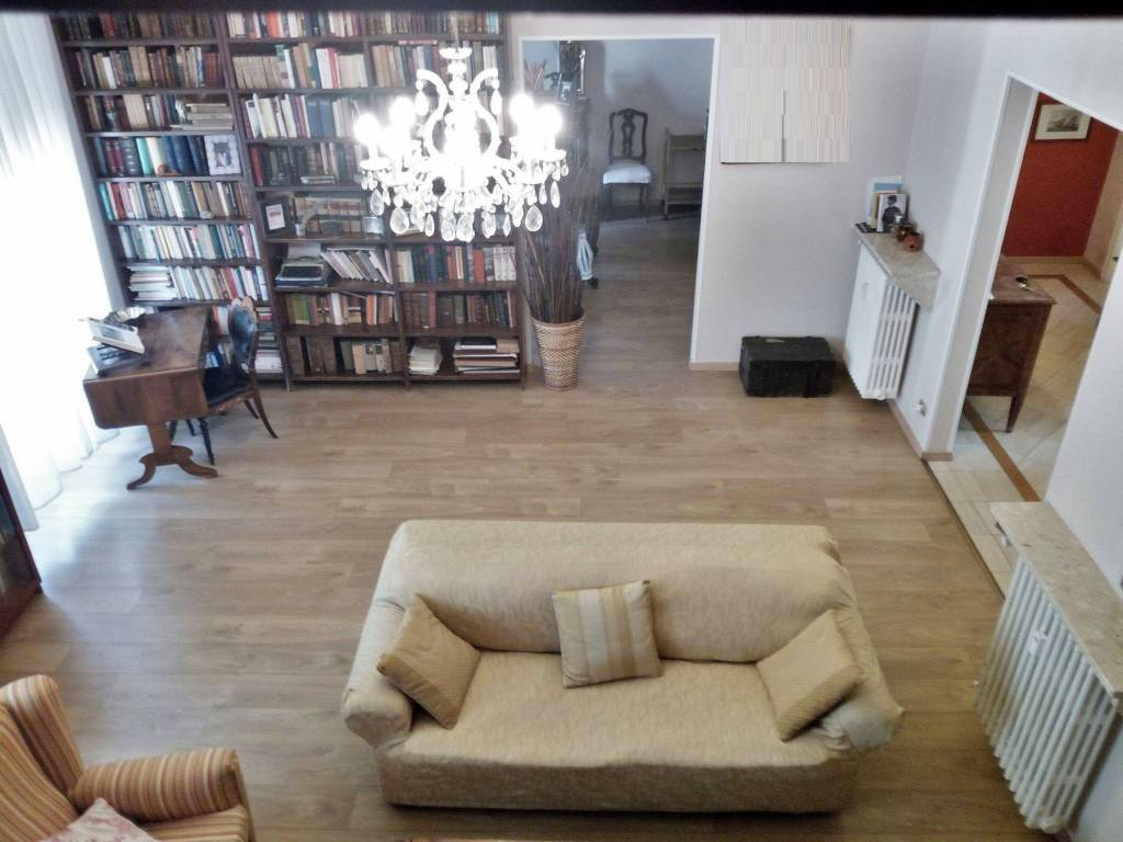 Foto 1 di Appartamento via Valeggio 23, Torino (zona Crocetta, San Secondo)