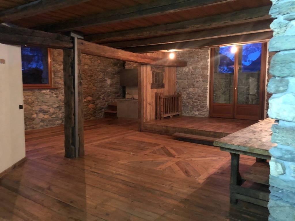 La Salle, Maison Fort Bovet: un appartamento unico nel cuore