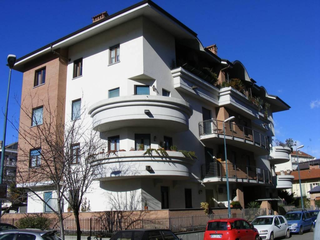Foto 1 di Trilocale via Montebello 46, Pinerolo