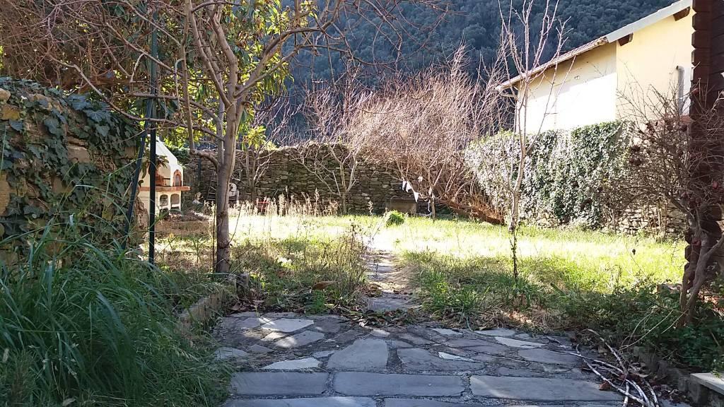 APPARTAMENTO TRILOCALE CON BALCONE E GIARDINO -125000€