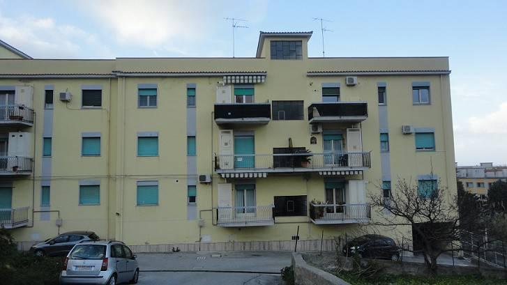 Appartamento in vendita a Patti, 5 locali, prezzo € 80.000   PortaleAgenzieImmobiliari.it