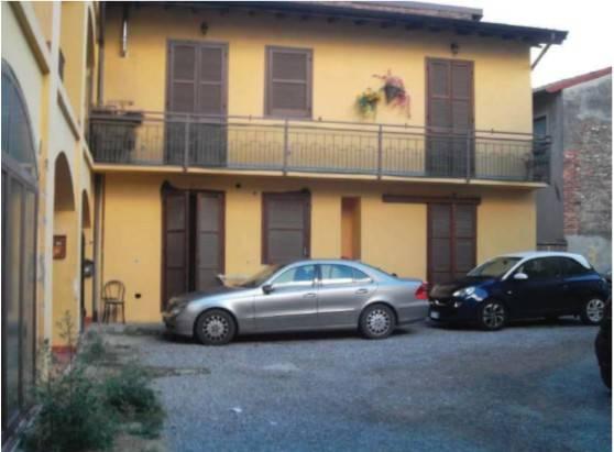 Appartamento in vendita a Fenegrò, 2 locali, prezzo € 24.000 | CambioCasa.it