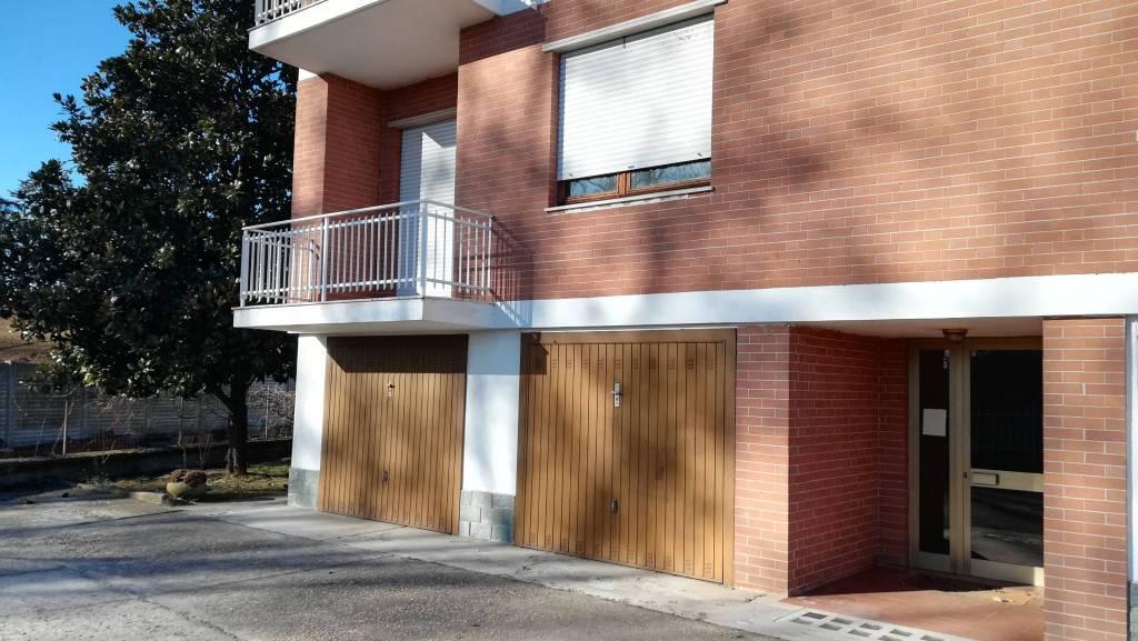 Foto 1 di Trilocale Località Rossi 25, Asti