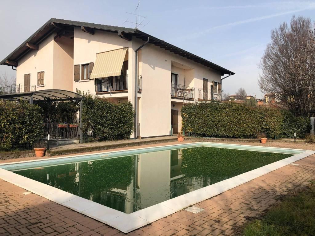 Appartamento in vendita a Capriano del Colle, 3 locali, prezzo € 150.000 | PortaleAgenzieImmobiliari.it