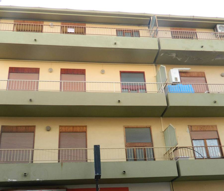 Appartamento in Vendita a Falcone Periferia: 2 locali, 60 mq