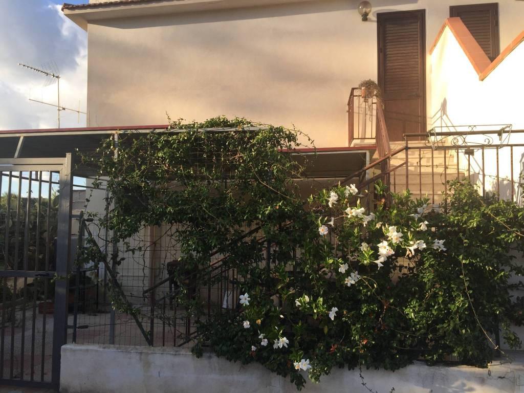 Appartamento in vendita a Balestrate, 3 locali, prezzo € 80.000 | CambioCasa.it