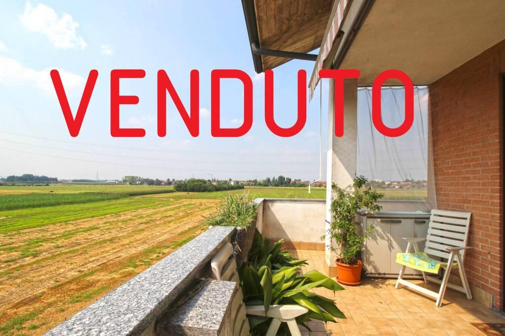 Appartamento in ottime condizioni in vendita Rif. 7504209
