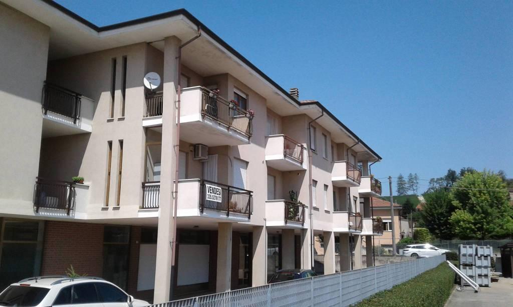 Appartamento in vendita a Canale, 4 locali, prezzo € 130.000 | CambioCasa.it