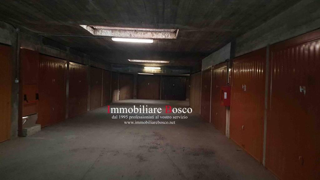 Foto 1 di Box / Garage viale Cavalieri d'Italia 18, Pinerolo