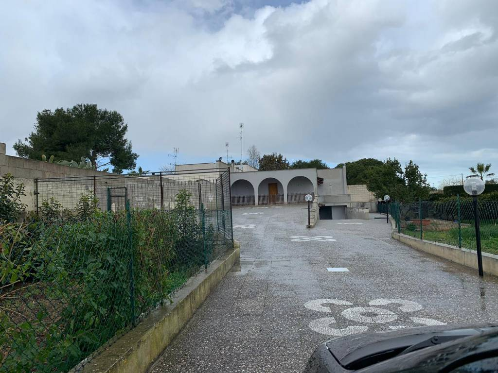 Villa in Vendita a Lecce Centro: 5 locali, 250 mq