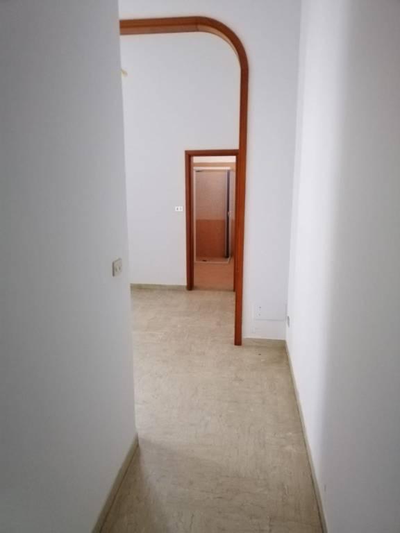 Appartamento in Vendita a Arnesano Centro: 5 locali, 90 mq