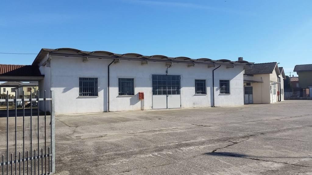 Capannone in vendita a Bovolone, 2 locali, prezzo € 150.000 | CambioCasa.it