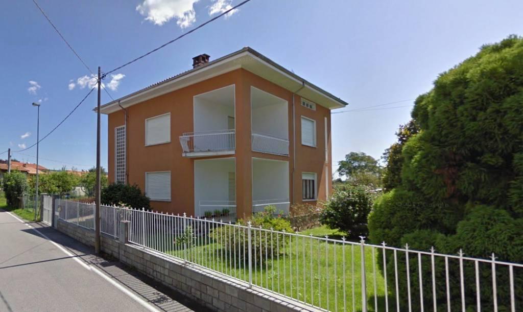 Foto 1 di Casa indipendente Fiorano Canavese