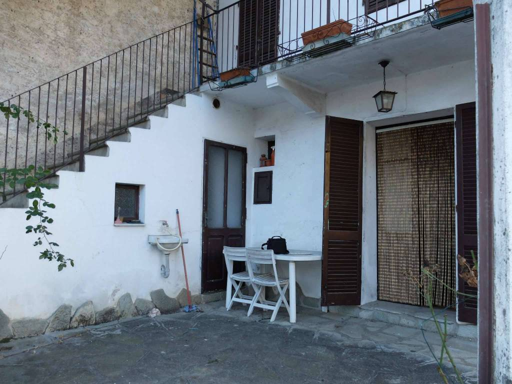 Soluzione Indipendente in vendita a Rubiana, 3 locali, prezzo € 30.000 | CambioCasa.it
