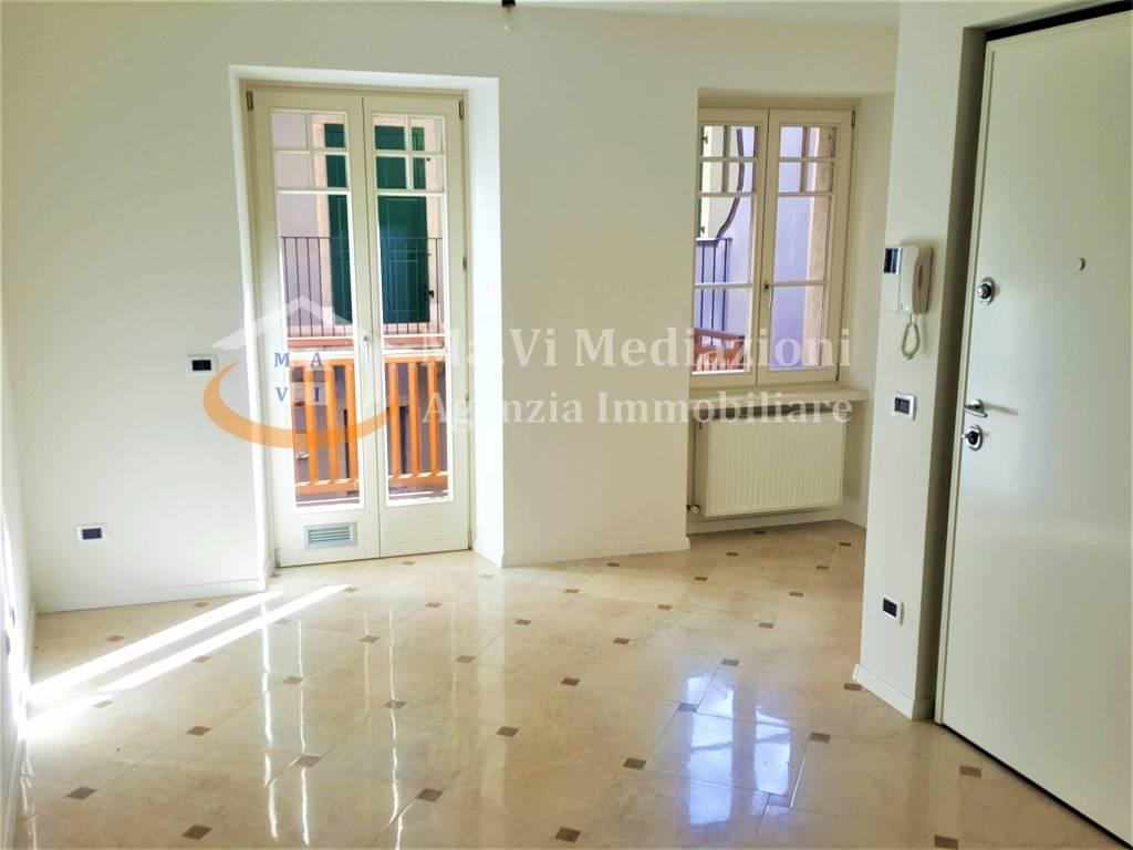 Appartamento in ottime condizioni in vendita Rif. 5200196