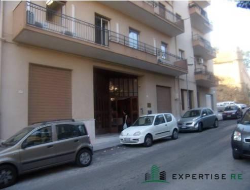 Ufficio e magazzino via Alcide de Gasperi Rif. 5202820