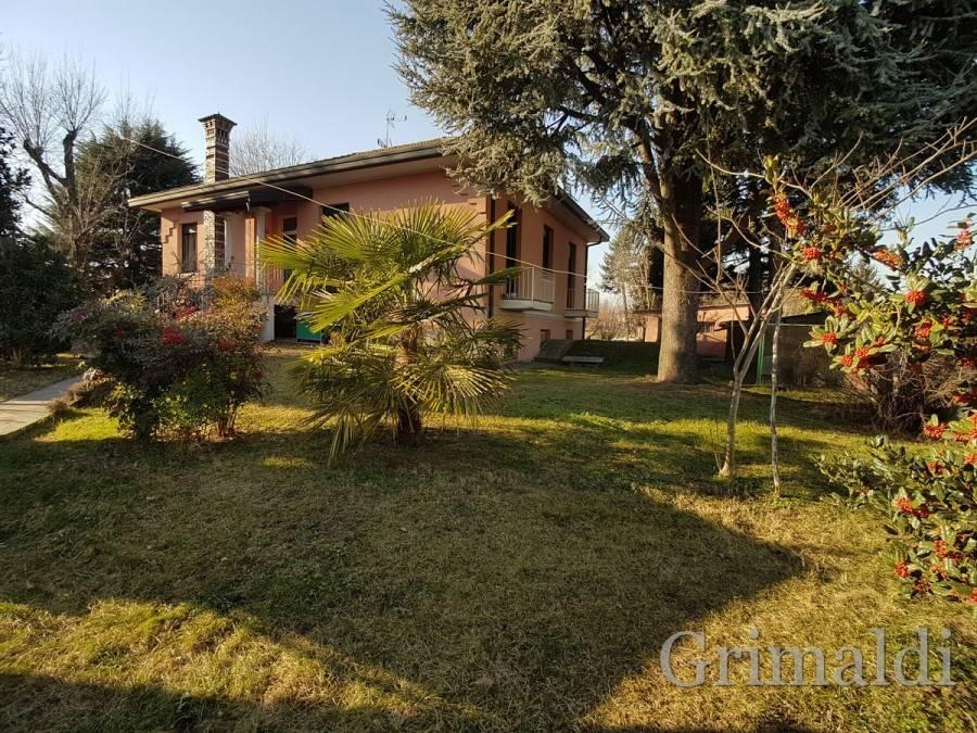 Villa in ottime condizioni in vendita Rif. 8845359