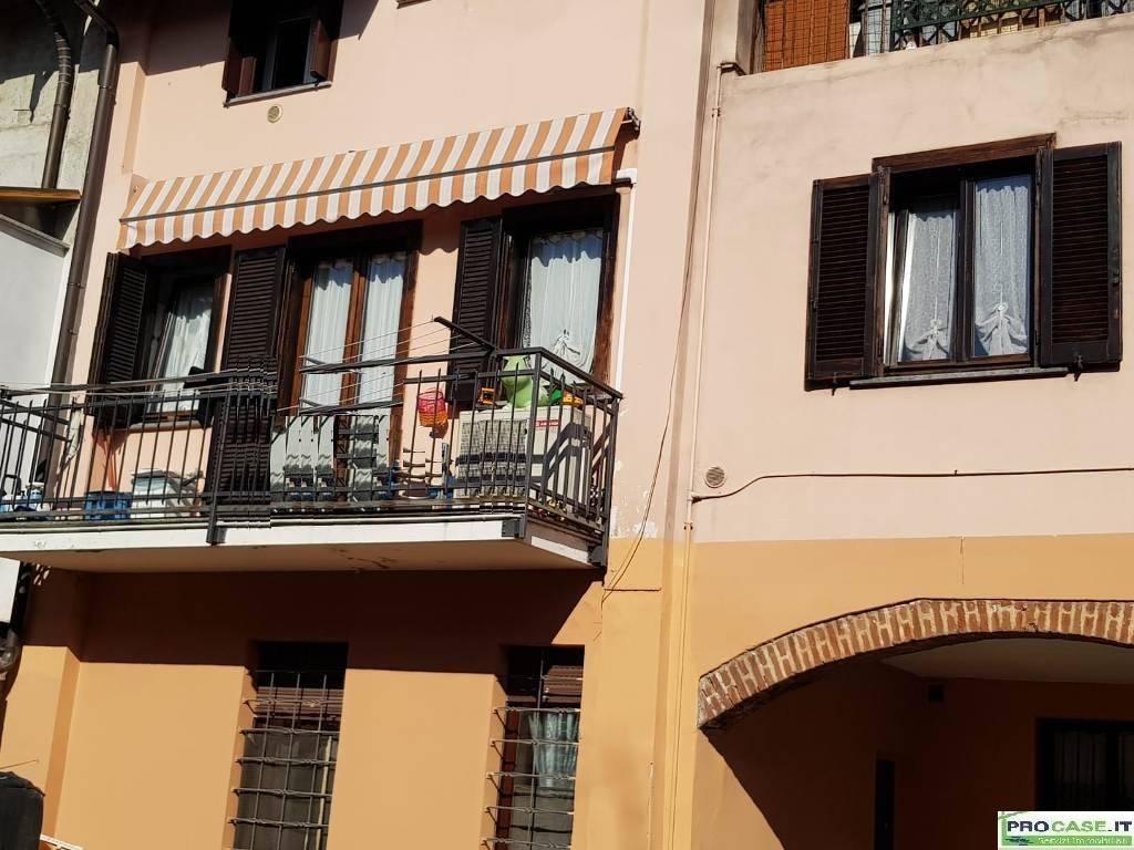 Appartamento in Vendita a Rovello Porro