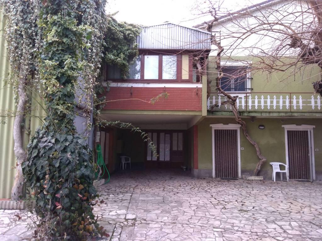 Villa in Vendita a Bertinoro Periferia: 5 locali, 571 mq
