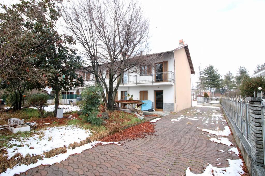 Foto 1 di Villa via Oglianico, Rivarolo Canavese