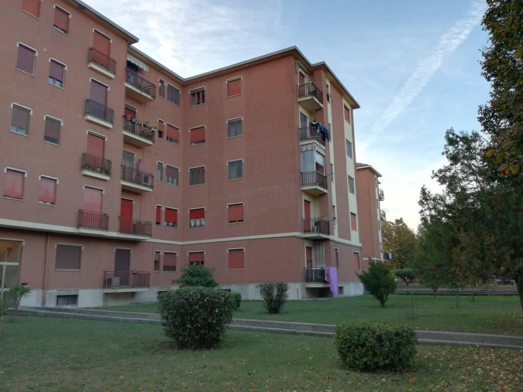 Foto 1 di Quadrilocale via Edoardo Perroncito 11, Asti