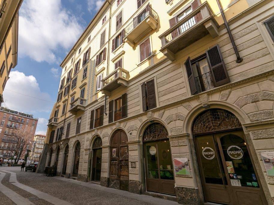 Appartamento in Vendita a Milano via pioppette