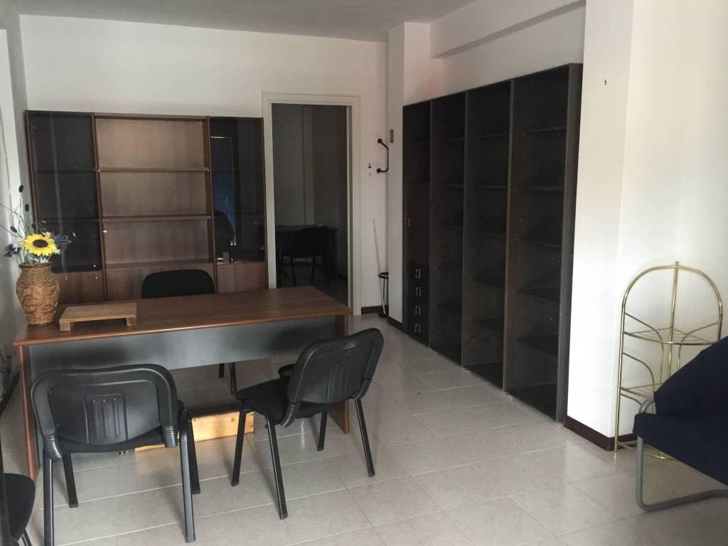 Ufficio 50 mq arredato, piano terra ,Perugia zona settavalli Rif. 8884237