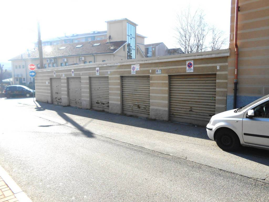 Foto 1 di Box / Garage via Savigliano 8, Rivoli