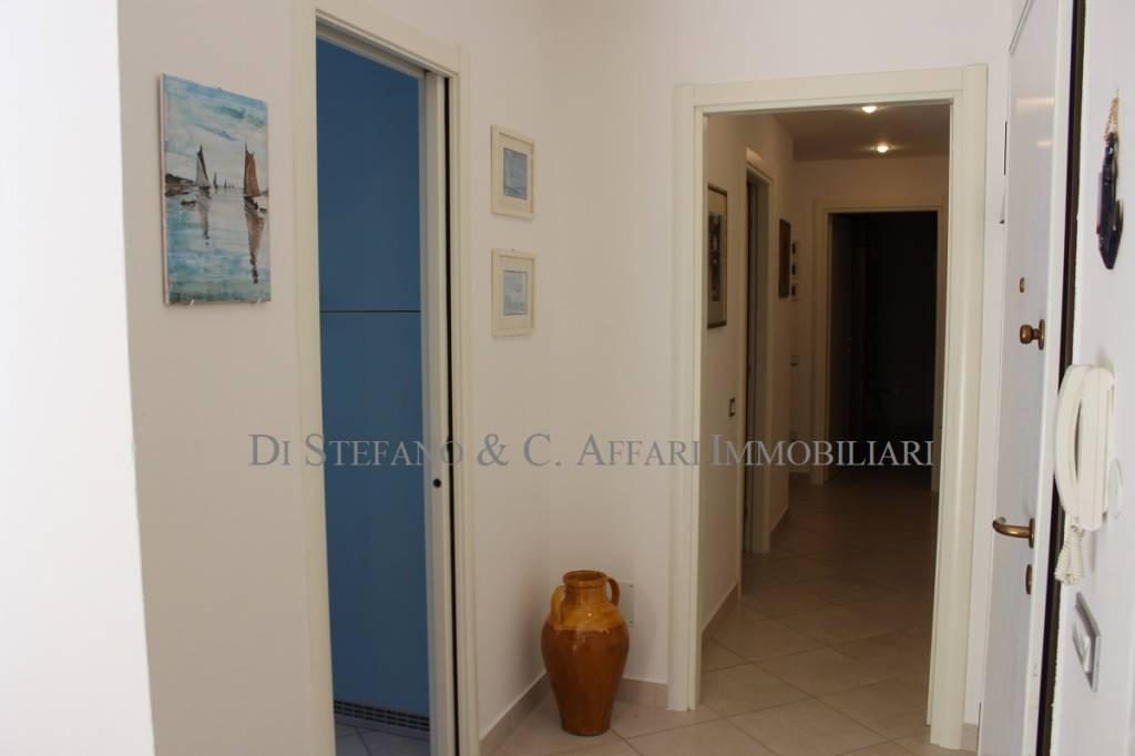 Foto 1 di Appartamento piazzale 1 Maggio, frazione Milano Marittima, Cervia