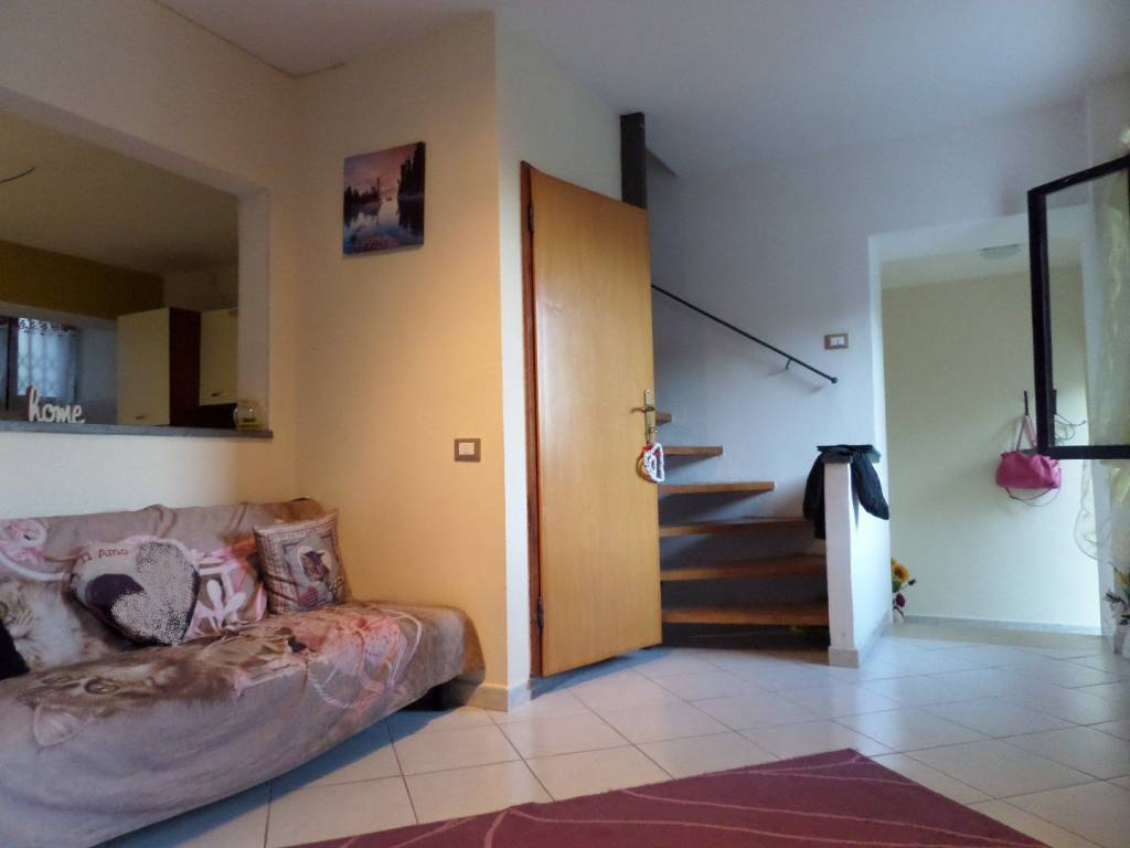 Casa Indipendente in ottime condizioni in vendita Rif. 8212604