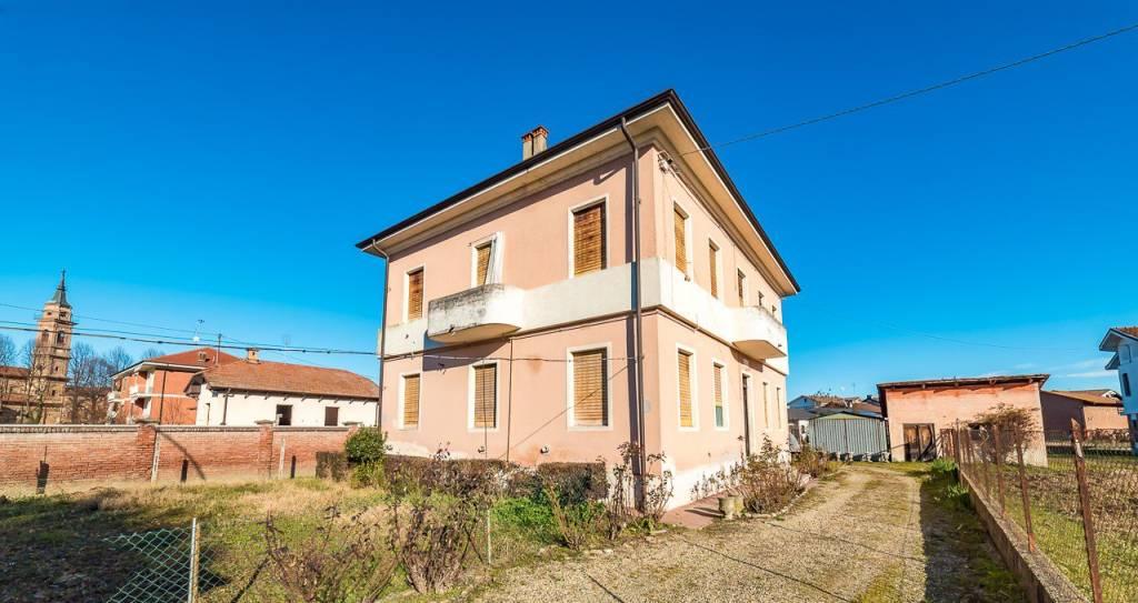 Foto 1 di Trilocale via Monviso 5, Saluzzo