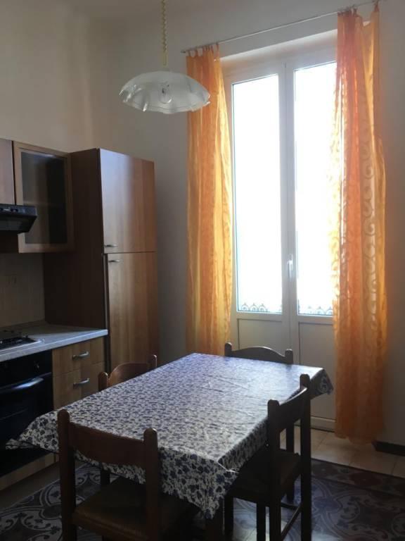 Appartamento in buone condizioni arredato in affitto Rif. 9217539
