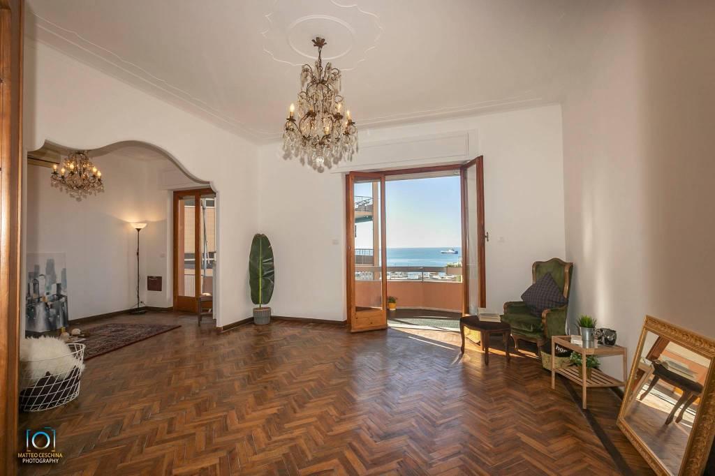 Foto 1 di Quadrilocale via Monte Corno, Genova (zona Quinto-Nervi)