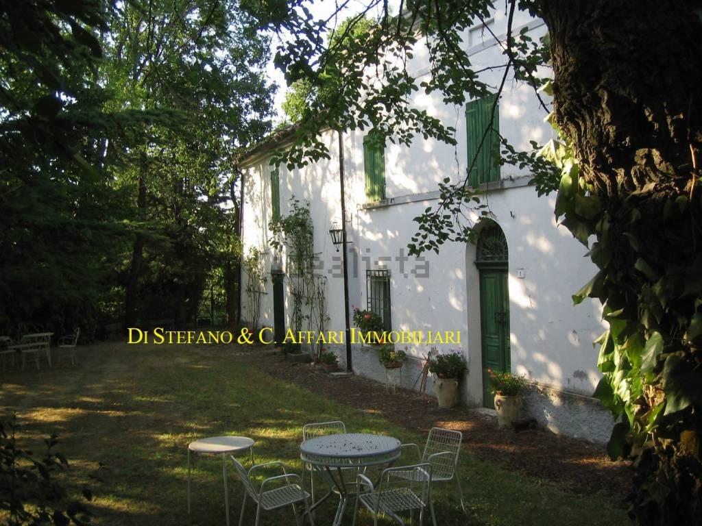Foto 1 di Villa strada Provinciale di Teodorano, Meldola