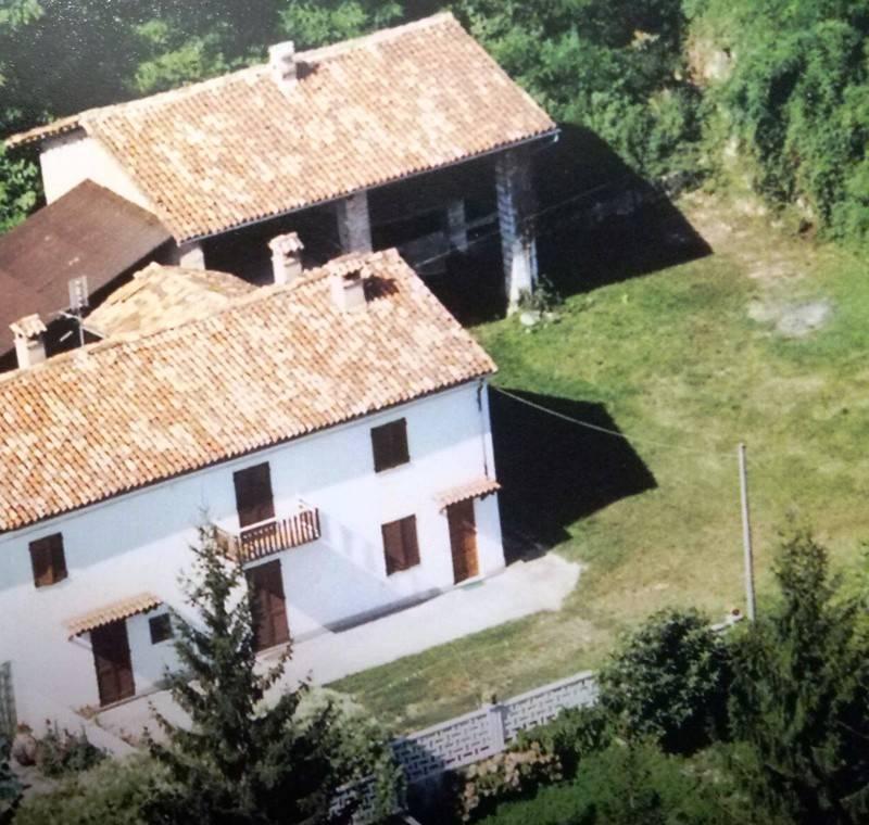 Soluzione Indipendente in vendita a Serralunga di Crea, 6 locali, prezzo € 78.000 | PortaleAgenzieImmobiliari.it