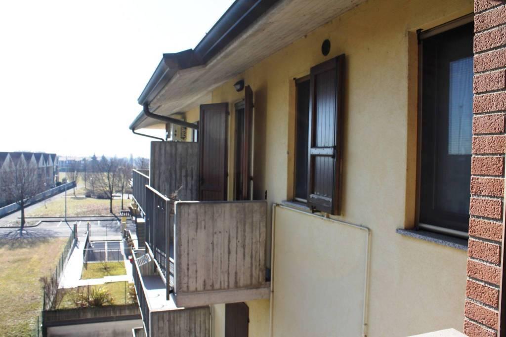 Appartamento in vendita a Urgnano, 2 locali, prezzo € 92.000   CambioCasa.it
