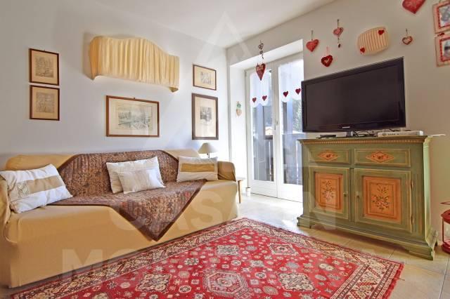 Appartamento in ottime condizioni arredato in vendita Rif. 5002466