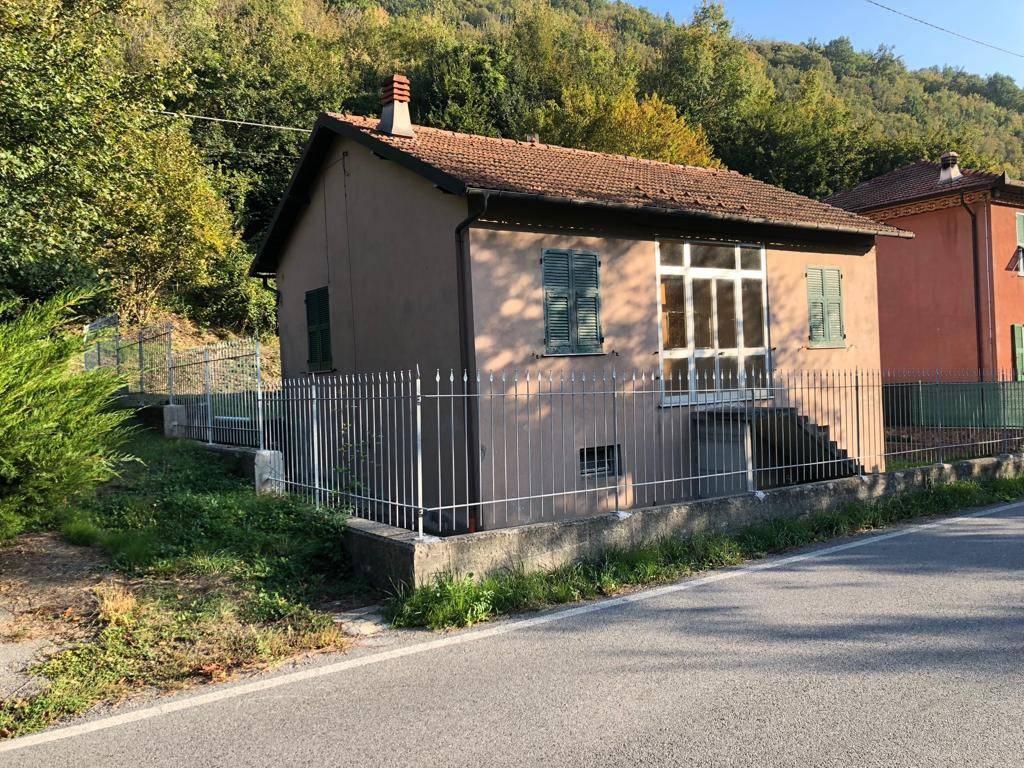 Foto 1 di Villa via Firpo 38, Casella