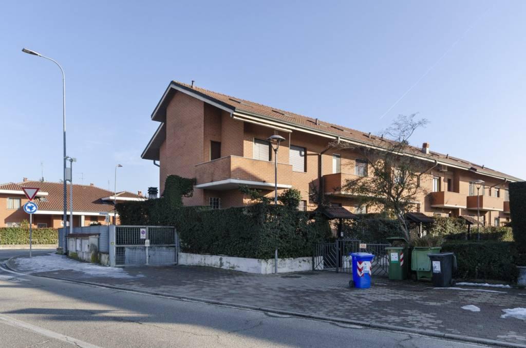 Foto 1 di Villa via La Loggia 58/1, Vinovo