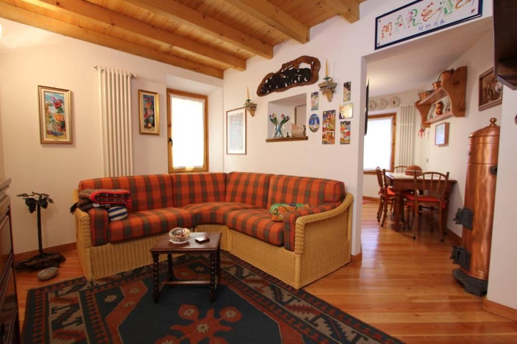 Soluzione Indipendente in vendita a Sala Comacina, 4 locali, prezzo € 250.000 | PortaleAgenzieImmobiliari.it