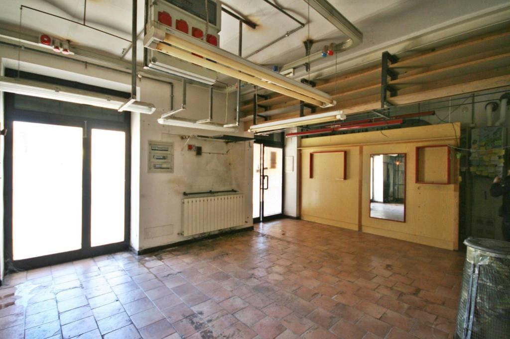 Negozio / Locale in vendita a Erba, 1 locali, prezzo € 85.000 | PortaleAgenzieImmobiliari.it