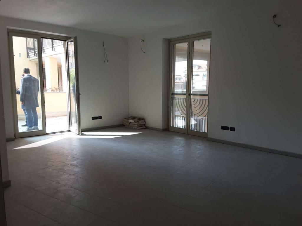 Ufficio / Studio in affitto a Rivoli, 2 locali, prezzo € 1.125 | CambioCasa.it