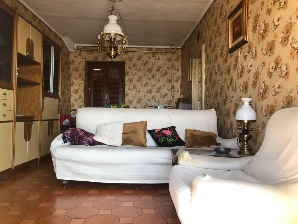 Foto 1 di Quadrilocale via della Ripa, Cuneo