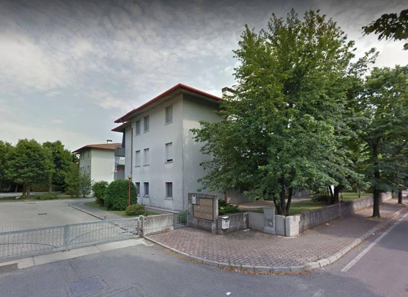 Appartamento in buone condizioni parzialmente arredato in vendita Rif. 9179197