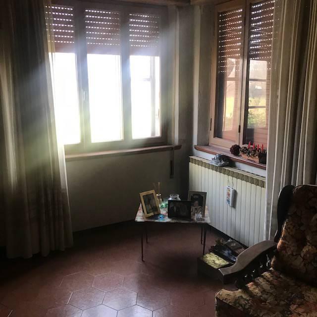 Villa in vendita a Rodigo, 8 locali, prezzo € 150.000 | CambioCasa.it
